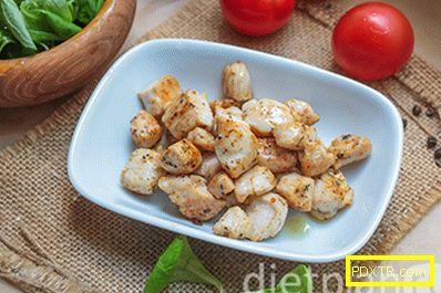 Салата от пилешки гърди - проста и вкусна рецепта за