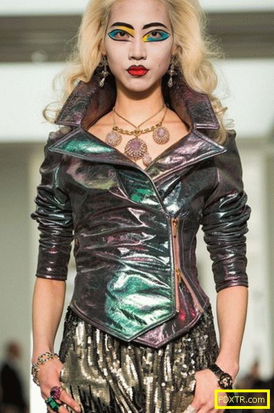 Лондонската седмица на модата в разгара си (снимка)