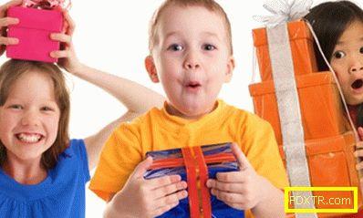 Възрастни и деца - запознаване на детето със света