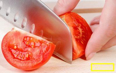 Пържени домати с чесън
