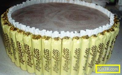 Вкусна презентация - торта от шоколади със собствените си