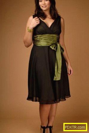 Перфектна вечерна рокля за пълни дами