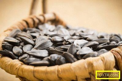 Слънчогледови семена и увеличаване на теглото: има ли