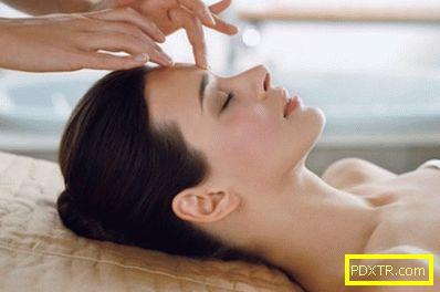 Техника на японския подмладяващ масаж за жени след