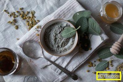 Маски, обвивки, гърди с глина срещу целулита и стрии