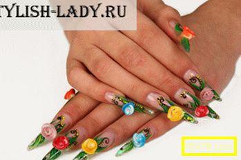 Декорация на ноктите у дома с кристали и пайети